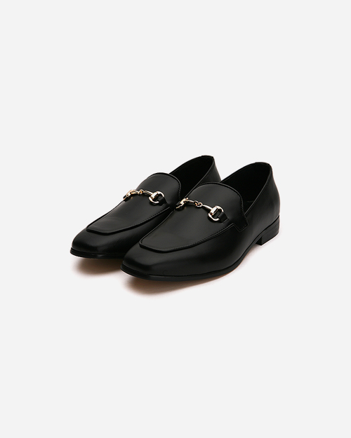 leather chain loafer